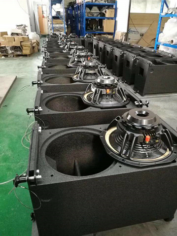 VR10 line array assembly